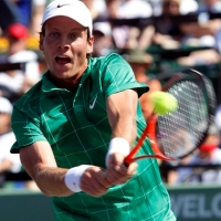 Berdych follows up his win over Federer with a victory over Verdasco to reach the semi final.