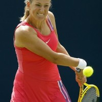 Azarenka puts out Clijster's fire!